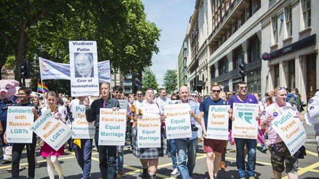 homophobia-gay-march