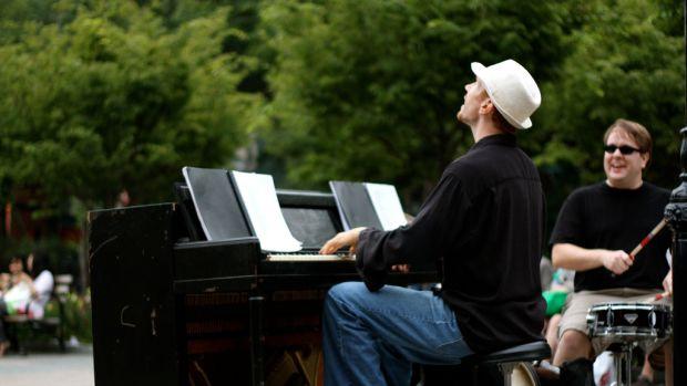 Live Piano.jpg