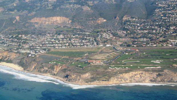 Trump_National_Golf_Club_(Los_Angeles).jpg