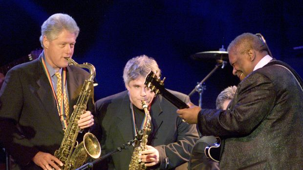 President Bill Clinton plays the sax with B.B. King and Dave Boruff at the Regent Beverly Wilshire Hotel in Beverly Hills, California, on April 1st, 2001.