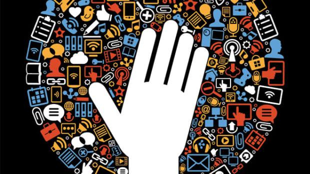 hand-social-media
