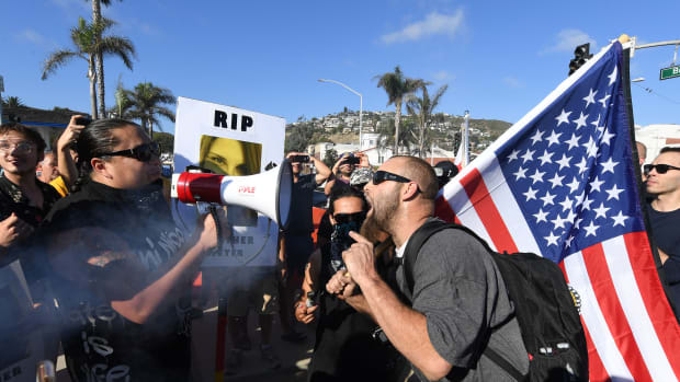 Counter-protesters (left) argue with anti-immigration protesters in Laguna Beach, California, on August 20th, 2017.