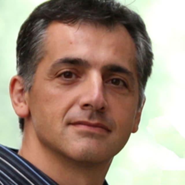 Fabián E. Bustamante