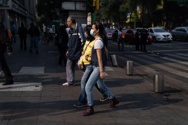 Viewfinder: Mexico City Declares an Environmental Alert as Smog Reaches Dangerous Levels