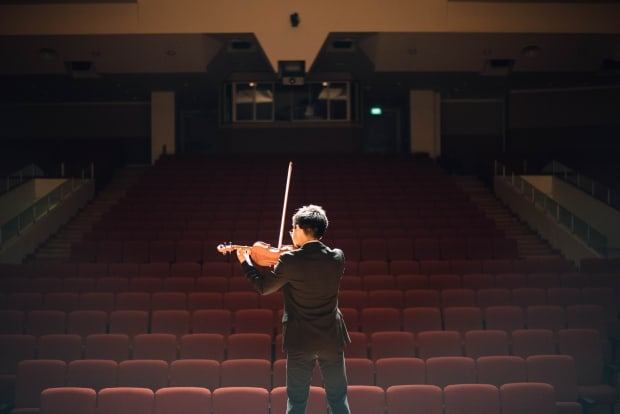 Middle School Music and Theater Students Get Better Grades