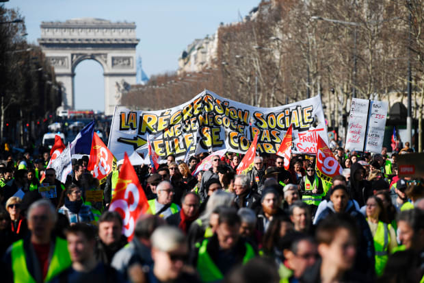 Viewfinder: Yellow Vest Protesters March in Paris