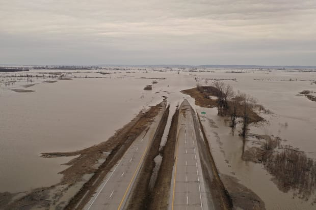 Viewfinder: Flooding in the Midwest