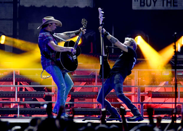 Country Hits Increasingly Objectify Women and Glorify Whiteness