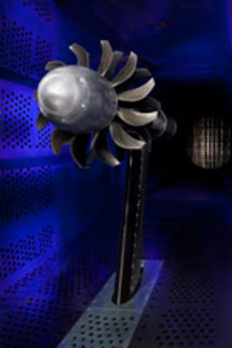 CLICK TO ENLARGEThe one-fifth-scale forward and aft blades of the GE open-rotor engine.