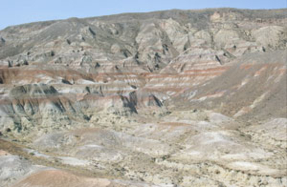 CLICK TO ENLARGEGeological deposits in the Bighorn Basin of Wyoming will be cored to investigate past global warming events.(Aaron Diefendorf)