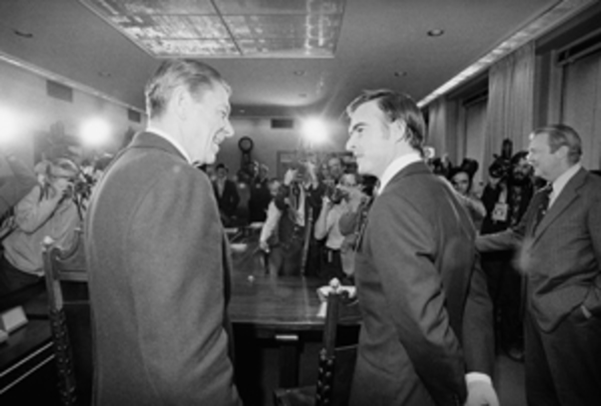 Ronald Reagan, governor from 1967 to 1975, greets newly elected Governor Jerry Brown in 1974.