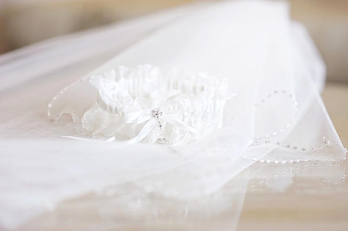Wedding veil image by MNStudio/Shutterstock