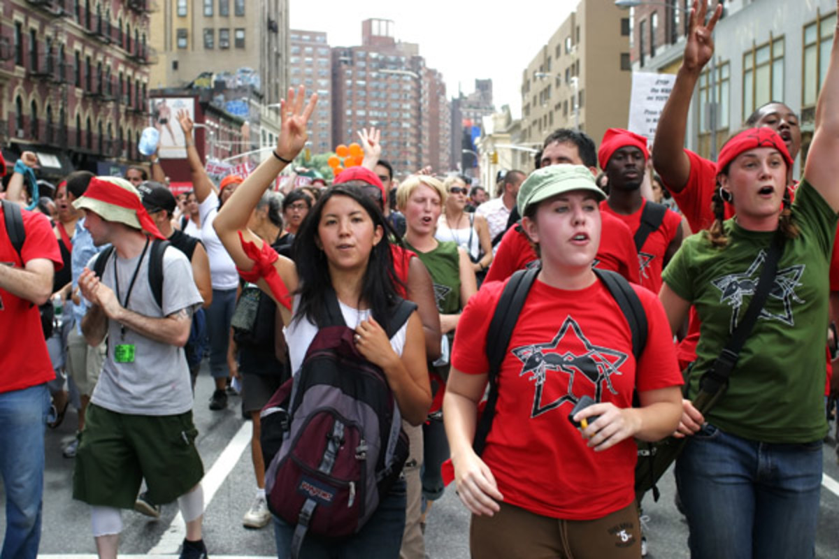 An anti-war protest in New York City in 2004 (PHOTO: PENGUIN/SHUTTERSTOCK)
