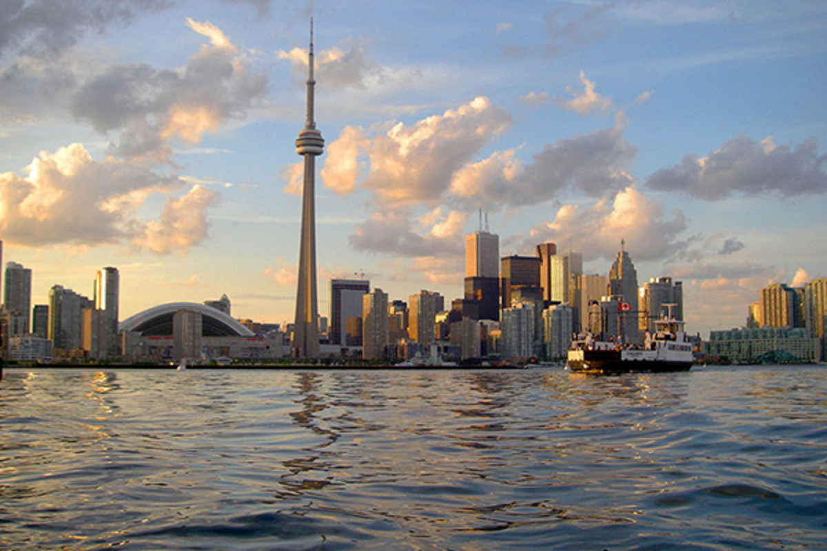 Toronto, the capital of Ontario. (PHOTO: JOHN VETTERLI/WIKIMEDIA COMMONS)