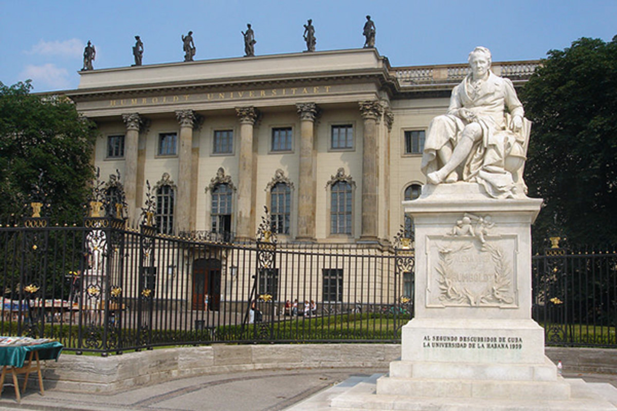 The Humboldt University of Berlin is the first modern university in the world. (PHOTO: FRIEDRICH PETERSDORFF/WIKIMEDIA COMMONS)
