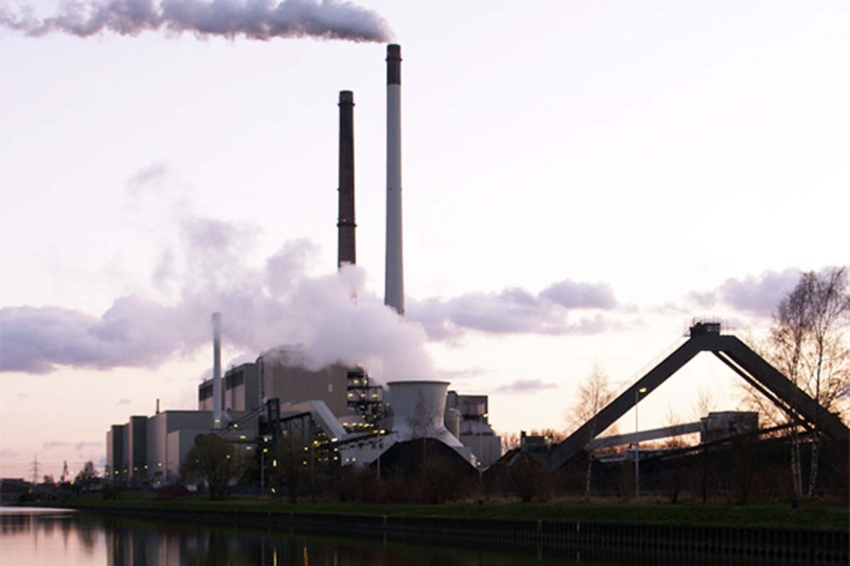 A coal power plant in Germany. Due to emissions trading, coal may become a less competitive fuel than other options. (PHOTO: ARNOLD PAUL/WIKIMEDIA COMMONS)