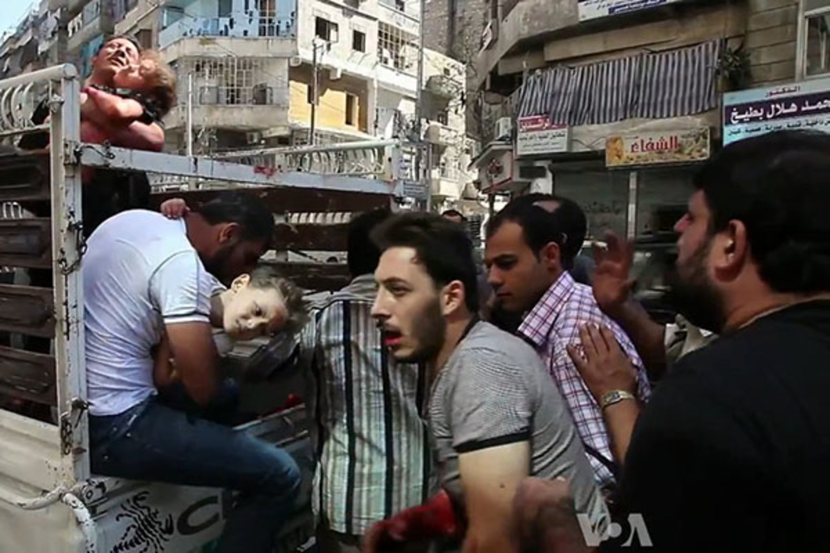 In October 2012, civilians wounded in the Syrian civil war are taken to a hospital in Aleppo. (PHOTO: VOICE OF AMERICA)