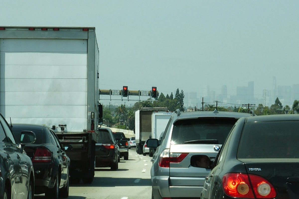Los Angeles traffic. (PHOTO: RESPRES/FLICKR)