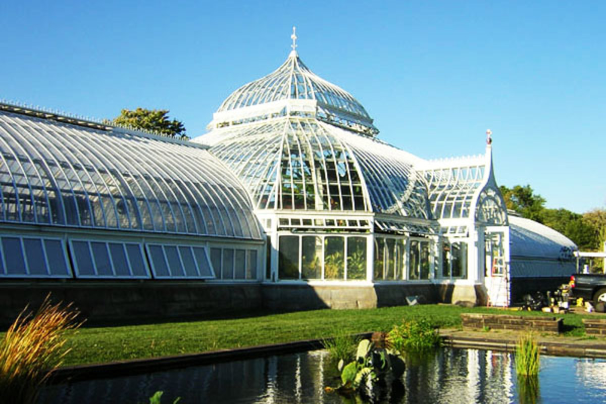 The Phipps Conservatory in Pittsburgh. (PHOTO: LEE PAXTON/WIKIMEDIA COMMONS)