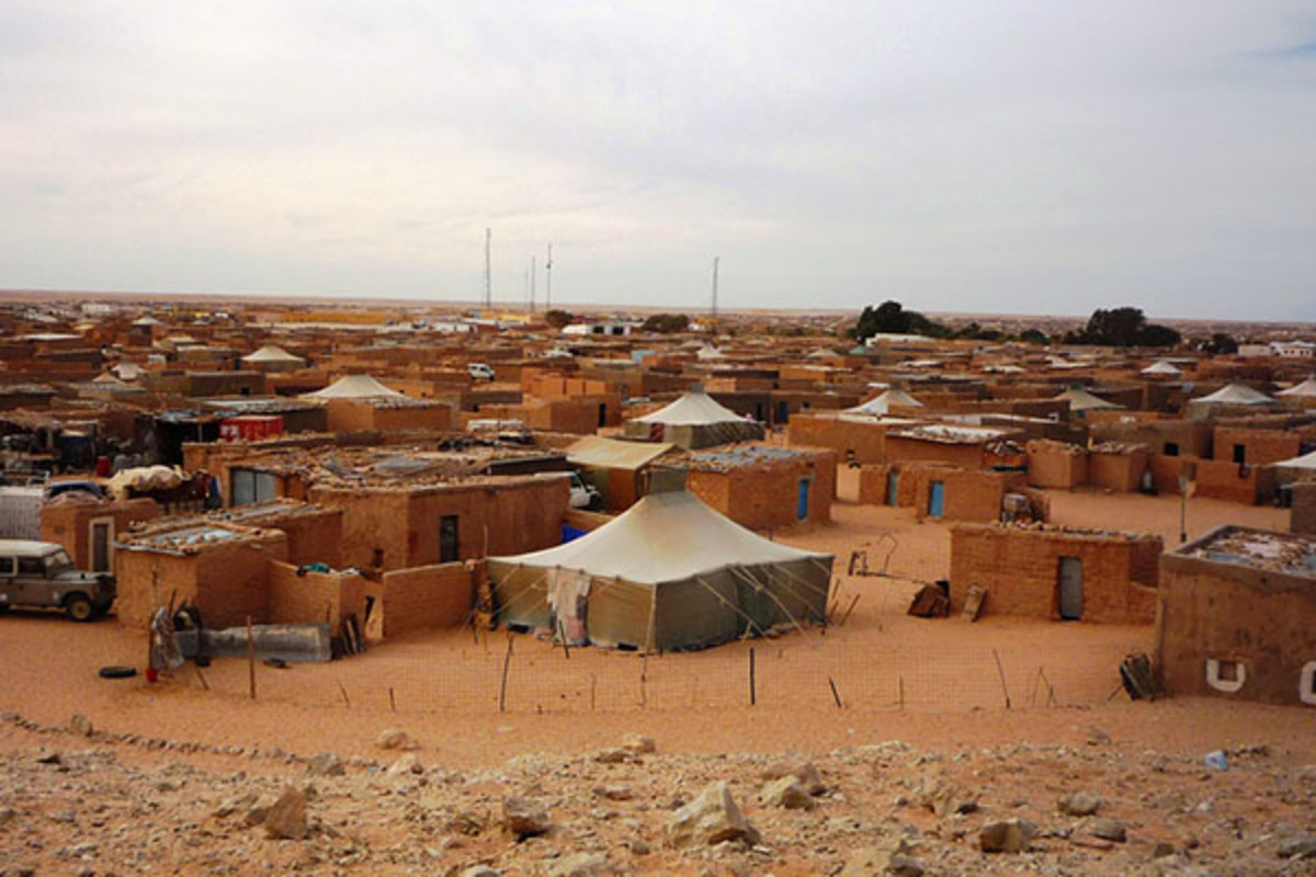 For over 30 years, several tens of thousands of Sahrawi refugees have been living in the region of Tindouf, Algeria, in the heart of the desert. (PHOTO: EUROPEAN COMMISSION DG ECHO/WIKIMEDIA COMMONS)