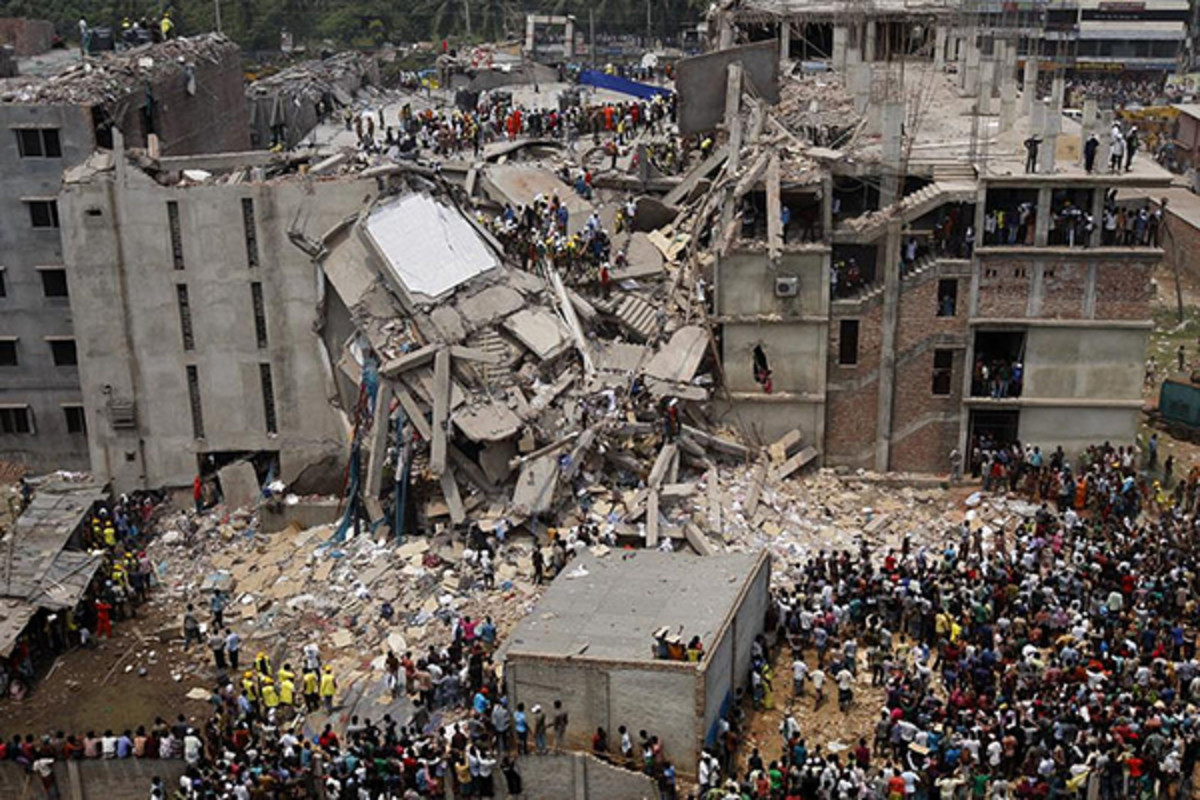 Dhaka Savar building collapse in Bangladesh. (PHOTO: RIJANS/WIKIMEDIA COMMONS)