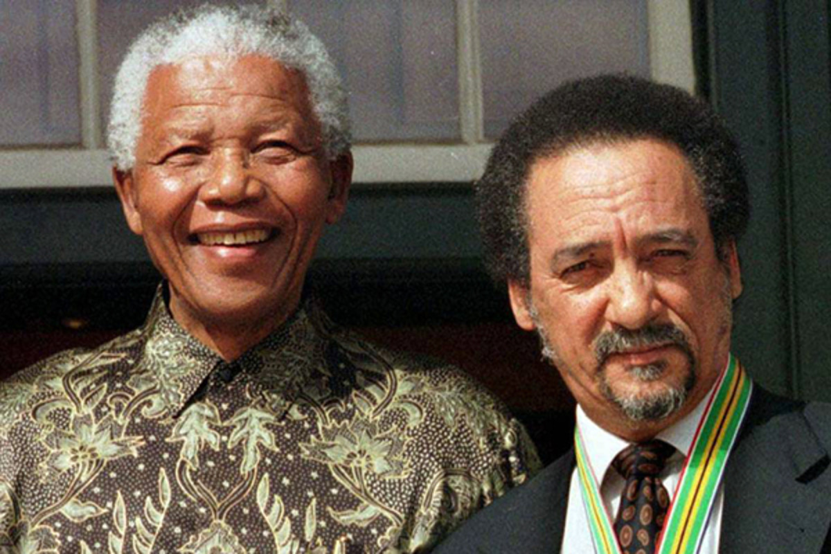 Nelson Mandela and Jakes Gerwel. (PHOTO: PUBLIC DOMAIN)
