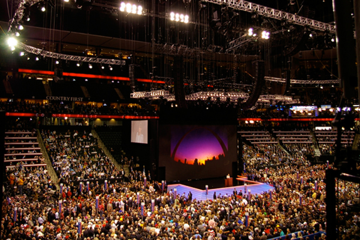 The floor of the 2008 Republican National Convention at the Xcel Energy Center in Saint Paul, Minnesota. (PHOTO: TWINKLETOEZ/WIKIMEDIA COMMONS)