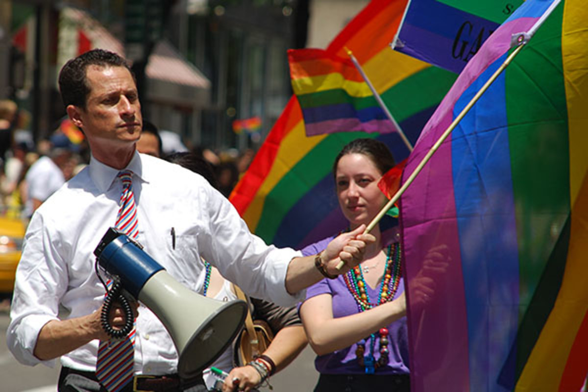 Anthony Weiner showing his support at a New York City gay pride parade in 2009. (PHOTO: THOMAS GOOD/WIKIMEDIA COMMONS)