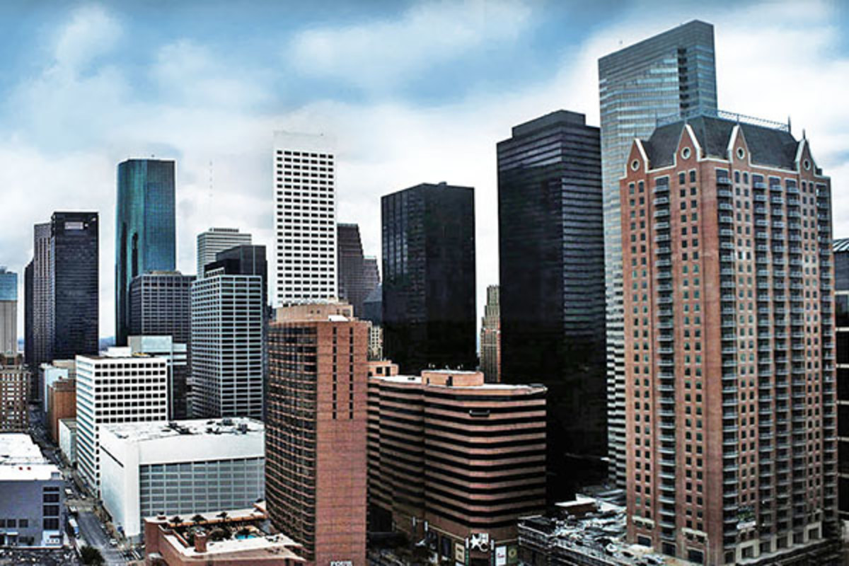 The southern view of Houston's skyline. (PHOTO: HEQUALS2HENRY/WIKIMEDIA COMMONS)