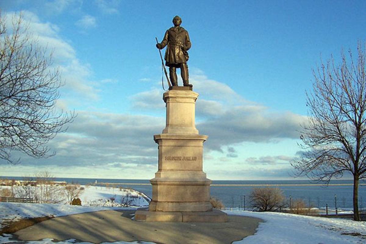Statue of Solomon Juneau, who helped establish the city of Milwaukee. (PHOTO: SULFUR/WIKIMEDIA COMMONS)