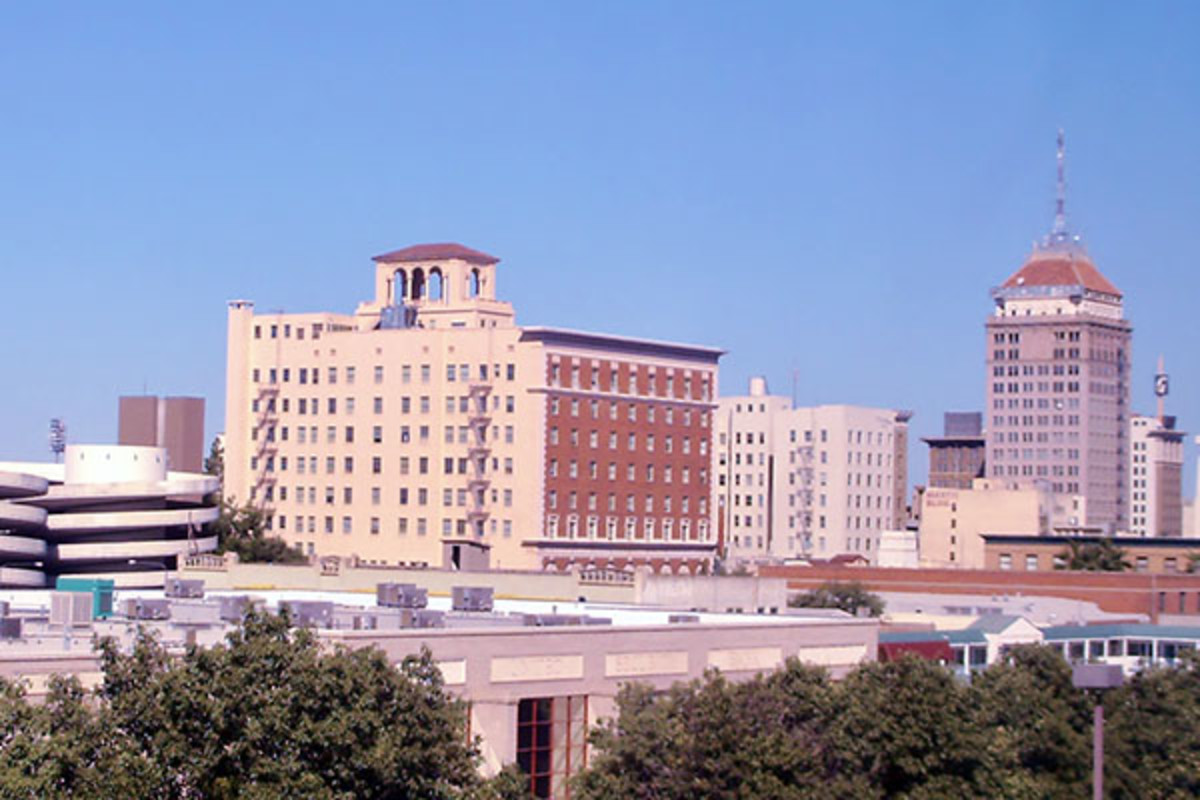 Downtown Fresno. (PHOTO: QYMEKKAM/WIKIMEDIA COMMONS)