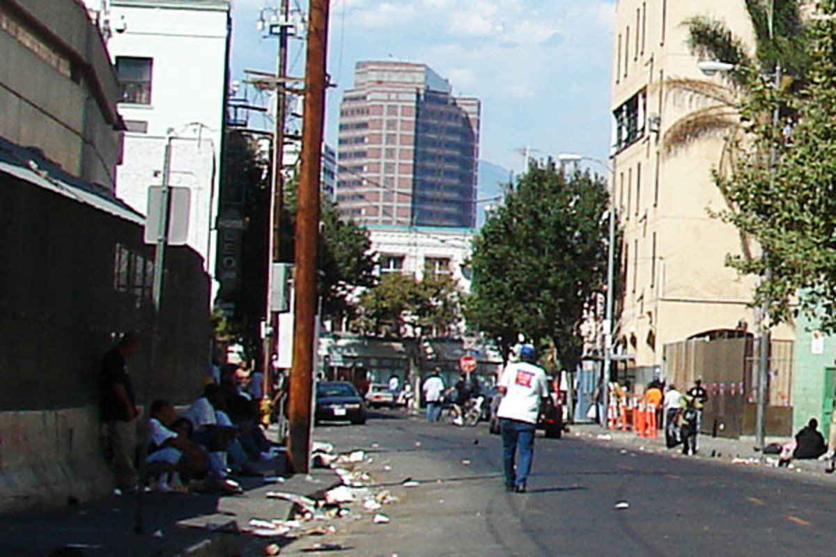Skid Row, Los Angeles. (PHOTO: JOROBEQ/WIKIMEDIA COMMONS)