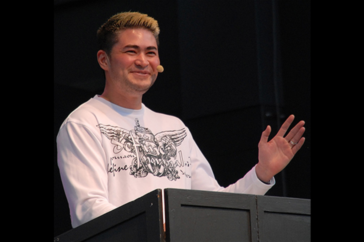 Thomas Beatie at Stockholm Pride 2011. (PHOTO: FRANKIE FOUGANTHIN/WIKIMEDIA COMMONS)