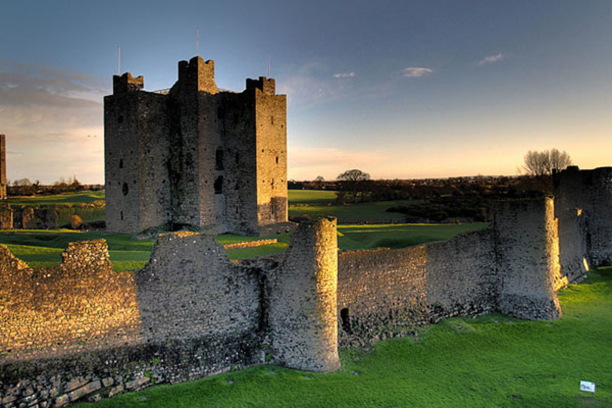 Remains of the 12th-century Trim Castle in County Meath, the largest Norman castle in Ireland. (PHOTO: ANDREW PARNELL/WIKIMEDIA COMMONS)