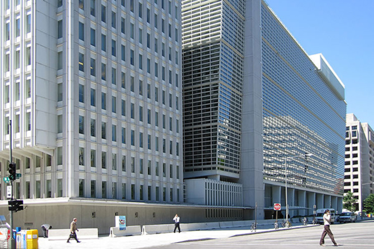 The World Bank headquarters in Washington, D.C. (PHOTO: SHINY THINGS/WIKIMEDIA COMMONS)