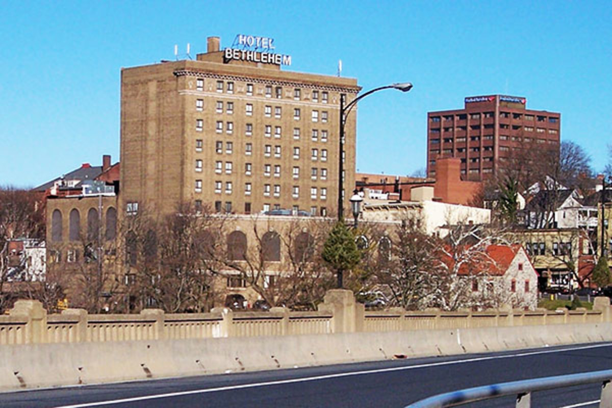 Downtown Bethlehem, Pennsylvania, in 2007. (PHOTO: TIM KISER/WIKIMEDIA COMMONS)