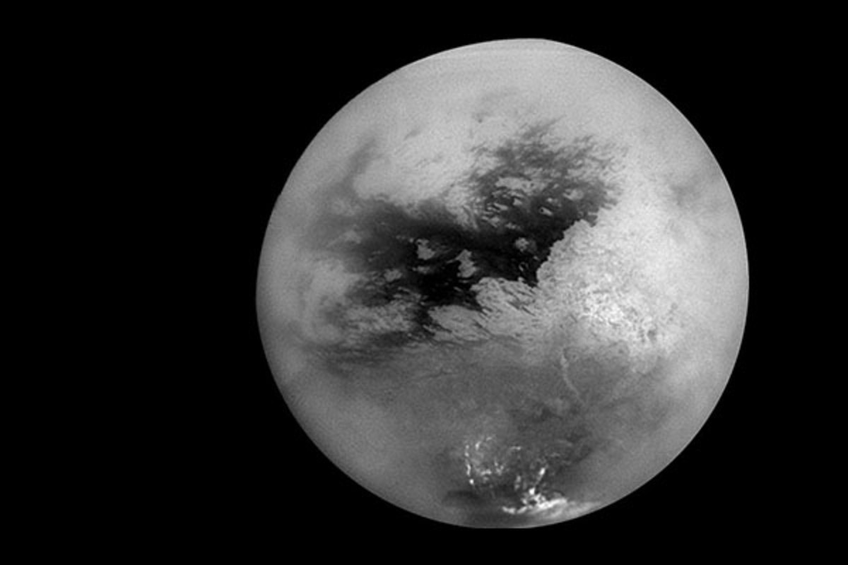 Titan's surface in 2004, as seen by Cassini. (PHOTO: PUBLIC DOMAIN)