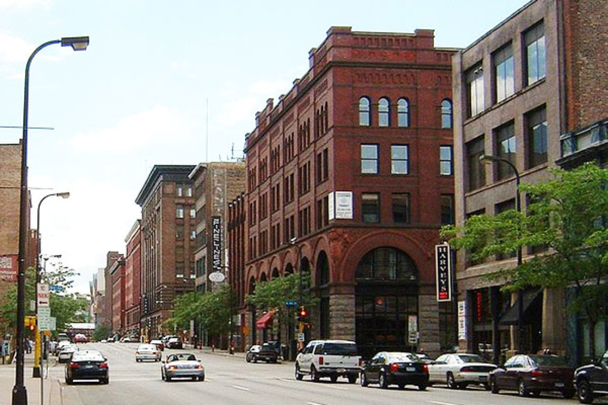 "Gentrification in the U.S.: The North Loop neighborhood of Minneapolis, Minnesota, is the ""Warehouse District"" of condominia for artists and entrepreneurs. (PHOTO: PUBLIC DOMAIN)"