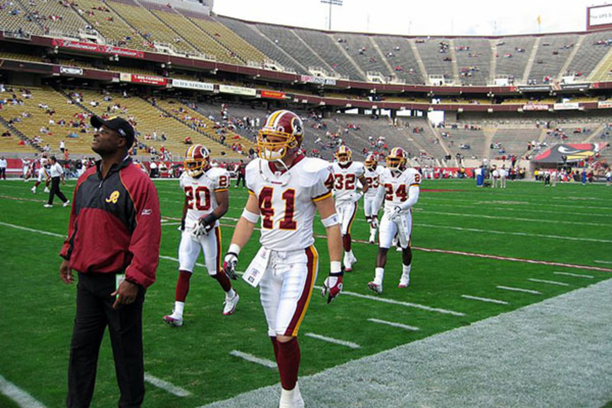 Redskins on the field in 2005. (PHOTO: BRYANGEEK/WIKIMEDIA COMMONS)