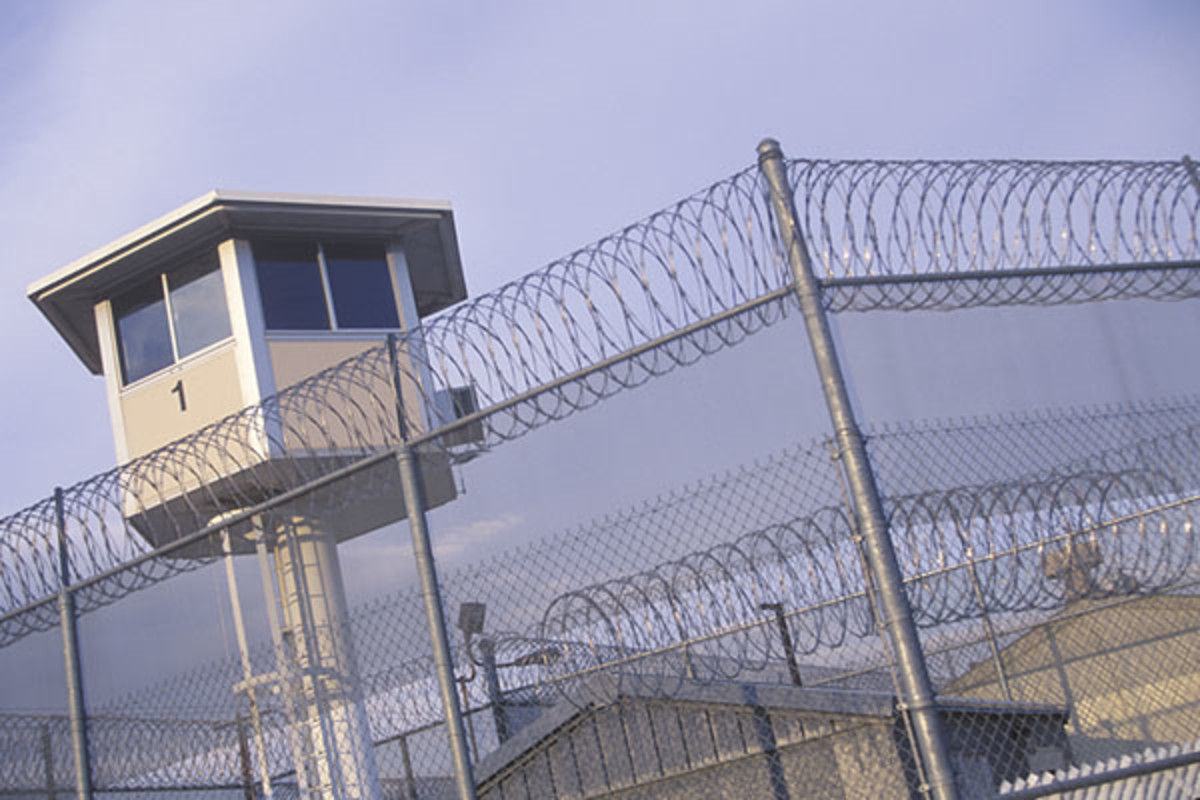 The watch tower at a California prison. (PHOTO: SPIRIT OF AMERICA/SHUTTERSTOCK)