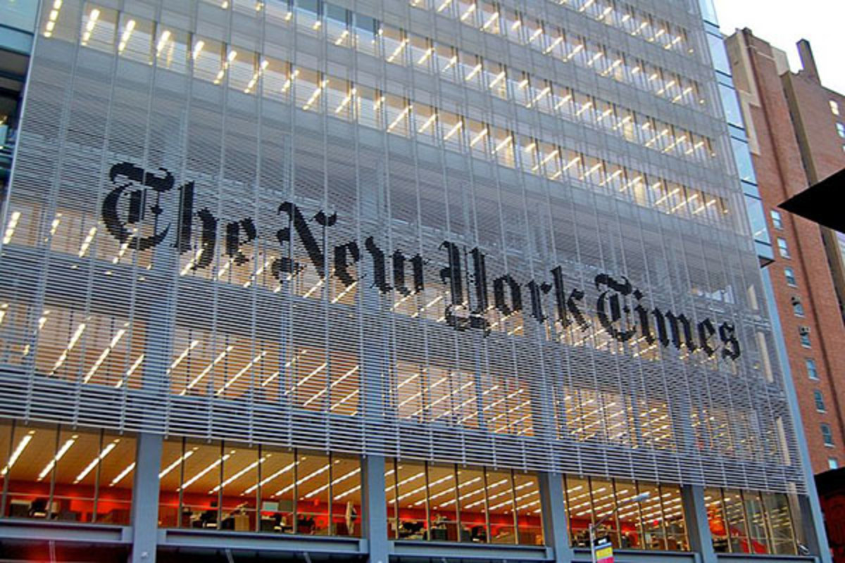 The New York Times headquarters at 620 Eighth Avenue. (PHOTO: HAXORJOE/WIKIMEDIA COMMONS)