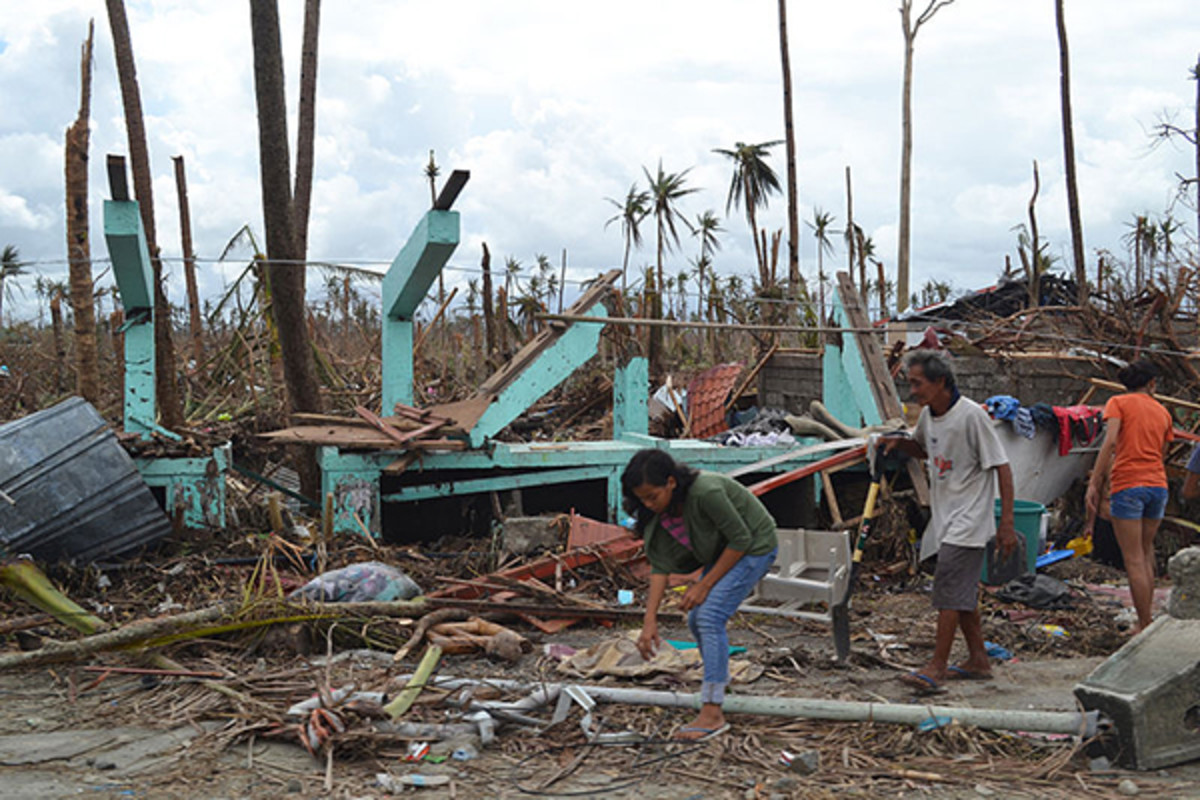 The remains of a home destroyed by the storm in Tacloban City. (PHOTO: TROCAIRE/WIKIMEDIA COMMONS)