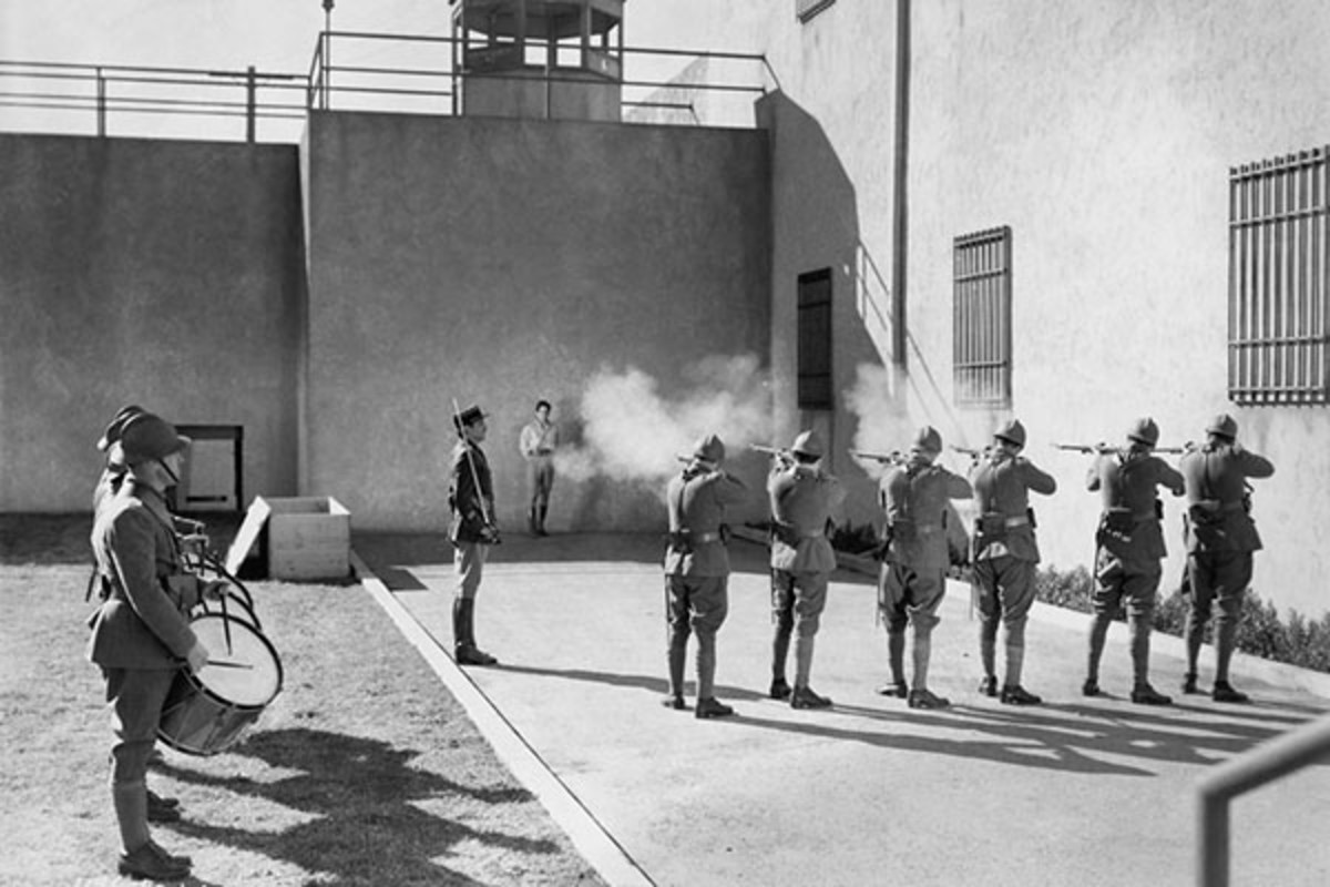 Death by firing squad. (PHOTO: EVERETT COLLECTION/SHUTTERSTOCK)