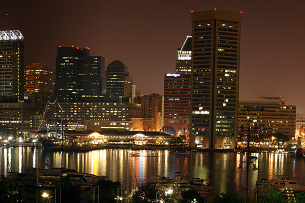 A nighttime view of Baltimore's Inner Harbor in July 2005. (PHOTO: PUBLIC DOMAIN)