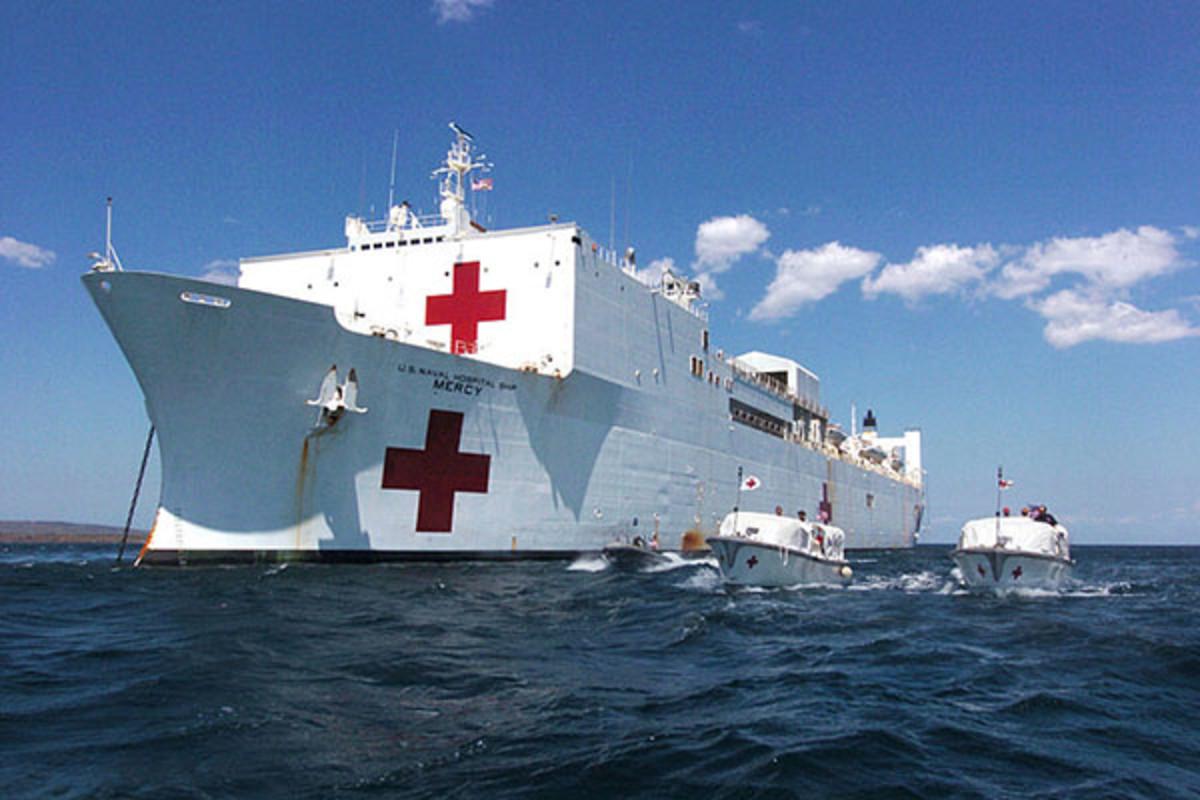 Hospital ship USNS Mercy. (PHOTO: PUBLIC DOMAIN)