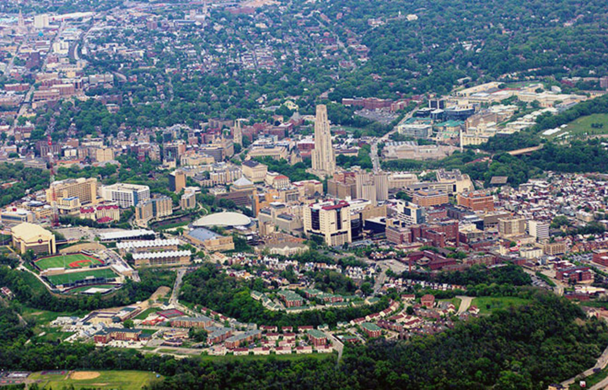 Aerial view of the University of Pittsburgh. (Photo: Sage Ross/Wikimedia Commons)