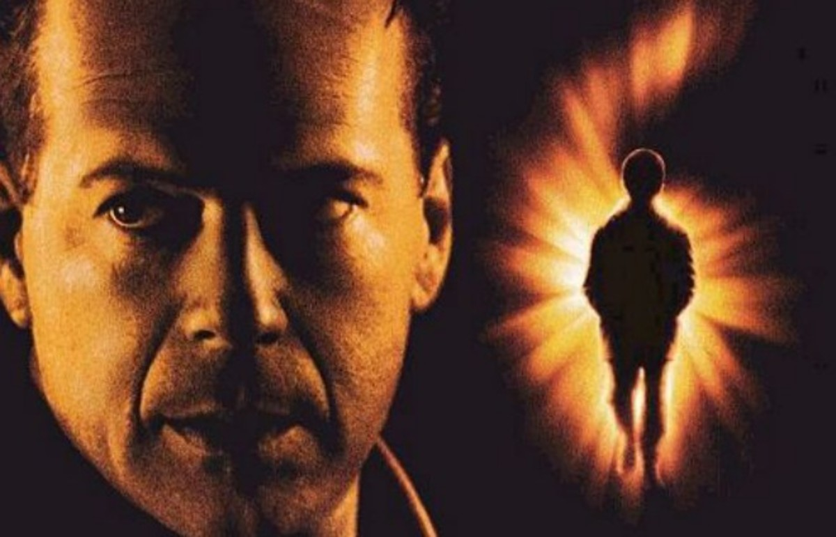 The Sixth Sense theatrical release poster. (Photo: Hollywood Pictures)