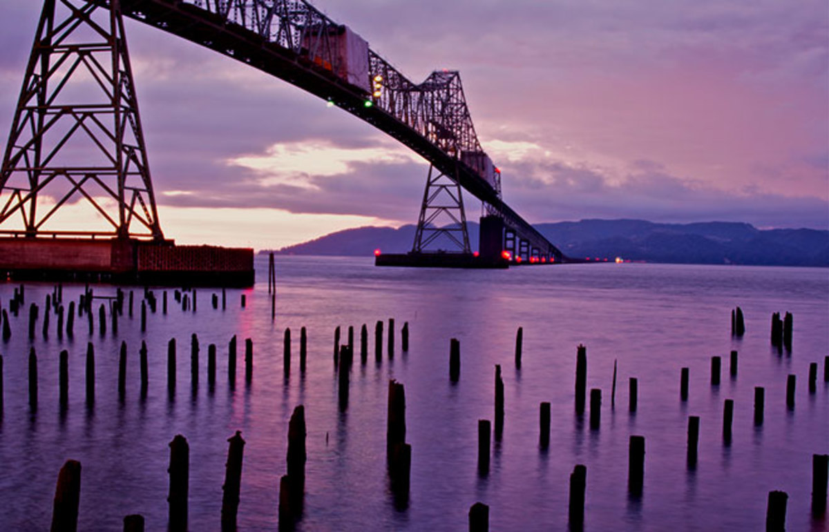 Astoria, Oregon. (Photo: goingslo/Flickr)