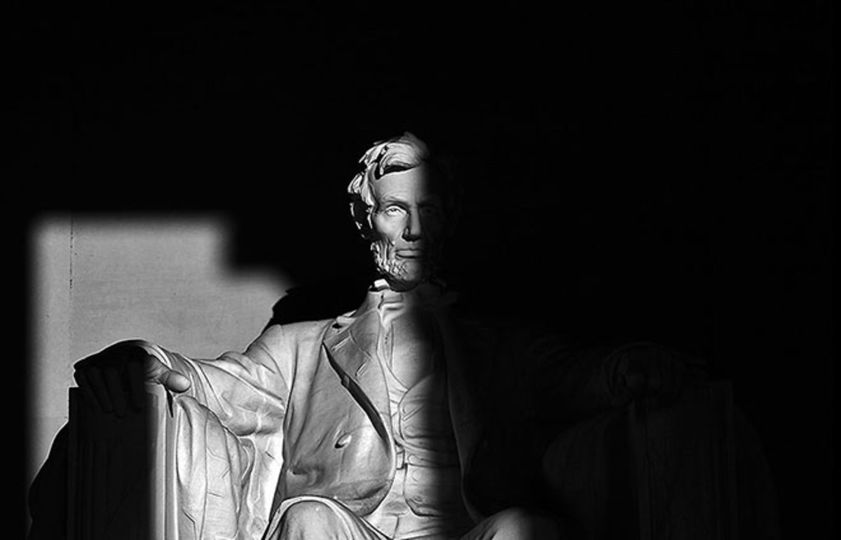 Lincoln Memorial. (Photo: stevehdc/Flickr)