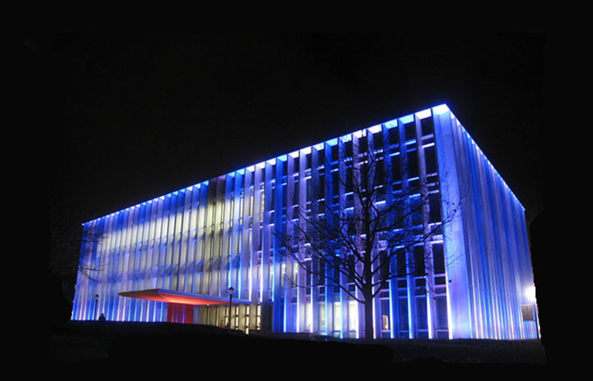 The Hunt Library at Carnegie Mellon University is the largest library on the Pittsburgh campus. (Photo: Public Domain)